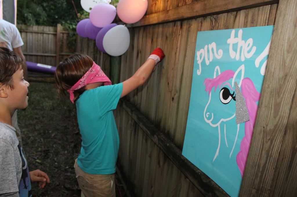 How to throw a rainbow unicorn party; www.handmadebykelly.com