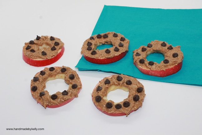 Easy Healthy After School Kid Apple Snack Recipe; handmadebykelly.com; kelly ladd sanchez
