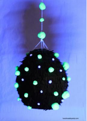 glow in the dark pintata; handmadebykelly.com