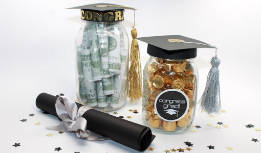 DIY Graduation Mason Jar Tassel Party Favors and Grad Gift Craft; handmadebykelly.com
