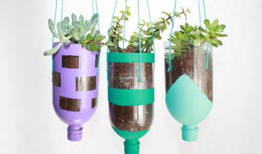 DIY Hanging Planter Craft out of Painted recycled water bottles; handmadebykelly.com