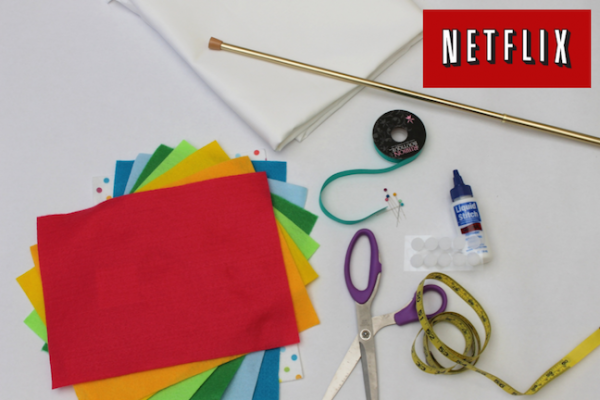 How to Make a DIY No-Sew Stage Curtain; handmadebykelly.com