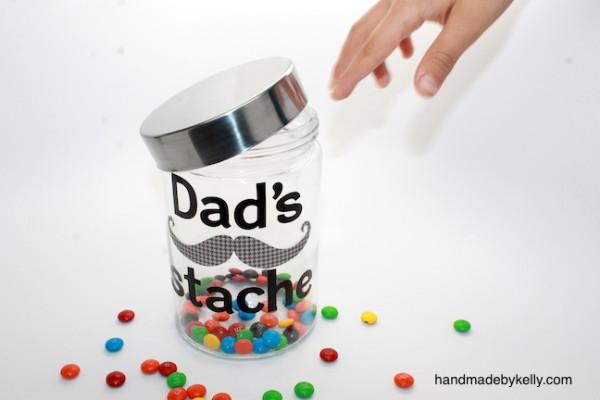 Father's Day Stache Jar - handmadebykelly.com