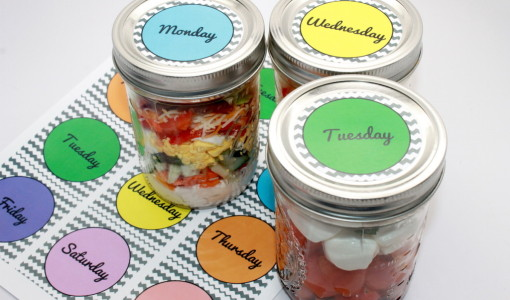 cobb-salad- Mason Jar Salad Recipes + Free Printable; handmadebykelly.com; onlinelabels.com