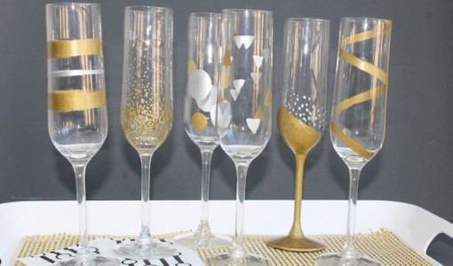 DIY New Years Champagne Flutes; momtastic.com; handmadebykelly.com