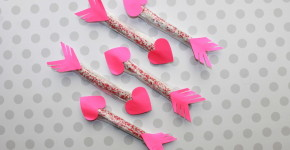 Heart Pretzel Arrows; handmadebykelly.com; onlinelkbels.com