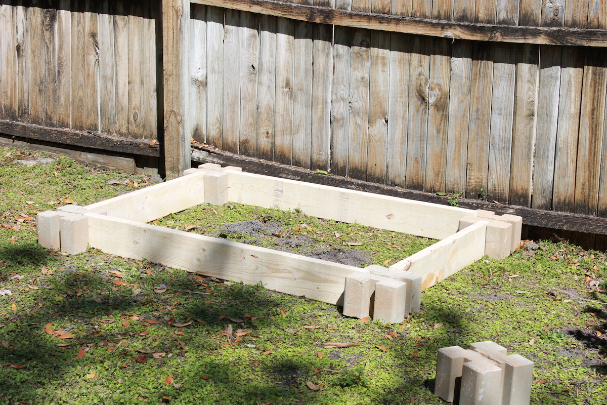 how to build a raised garden; handmadebykelly.com