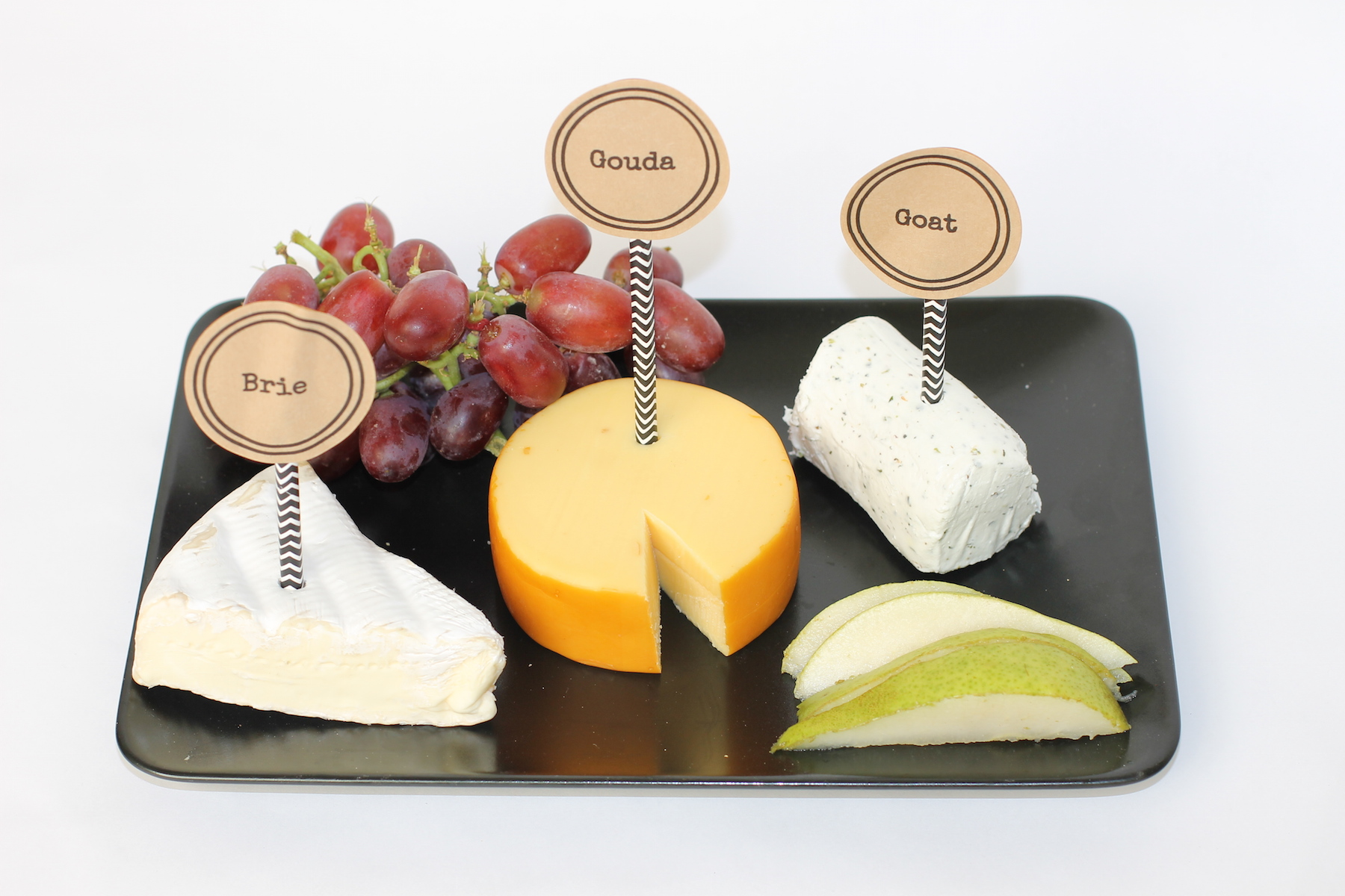 how to host a wine and cheese party; onlinelabels.com; handmadebykelly.com