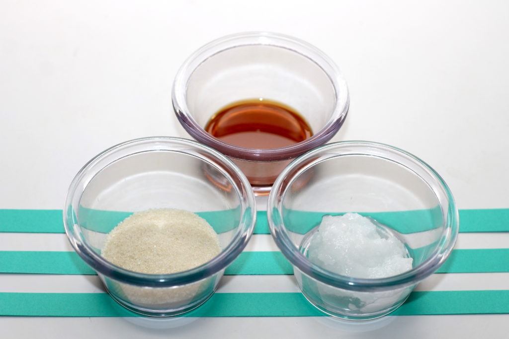 handmadebykelly.com momtastic.com lip scrub recipesingredients 1 copy