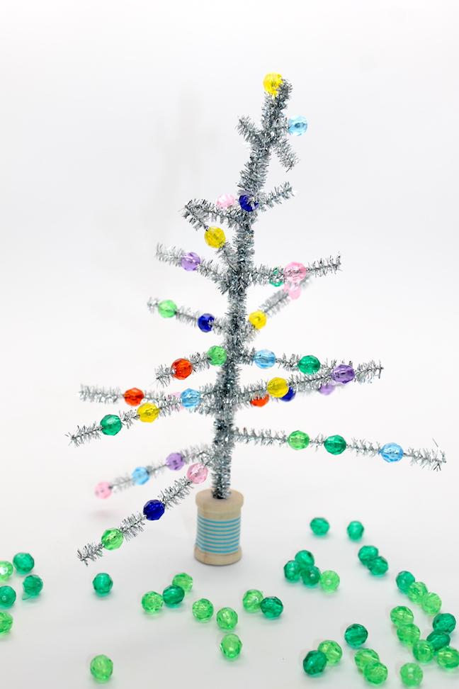 diy-retro-christmas-tree-kid-craft-how-to-img_7263