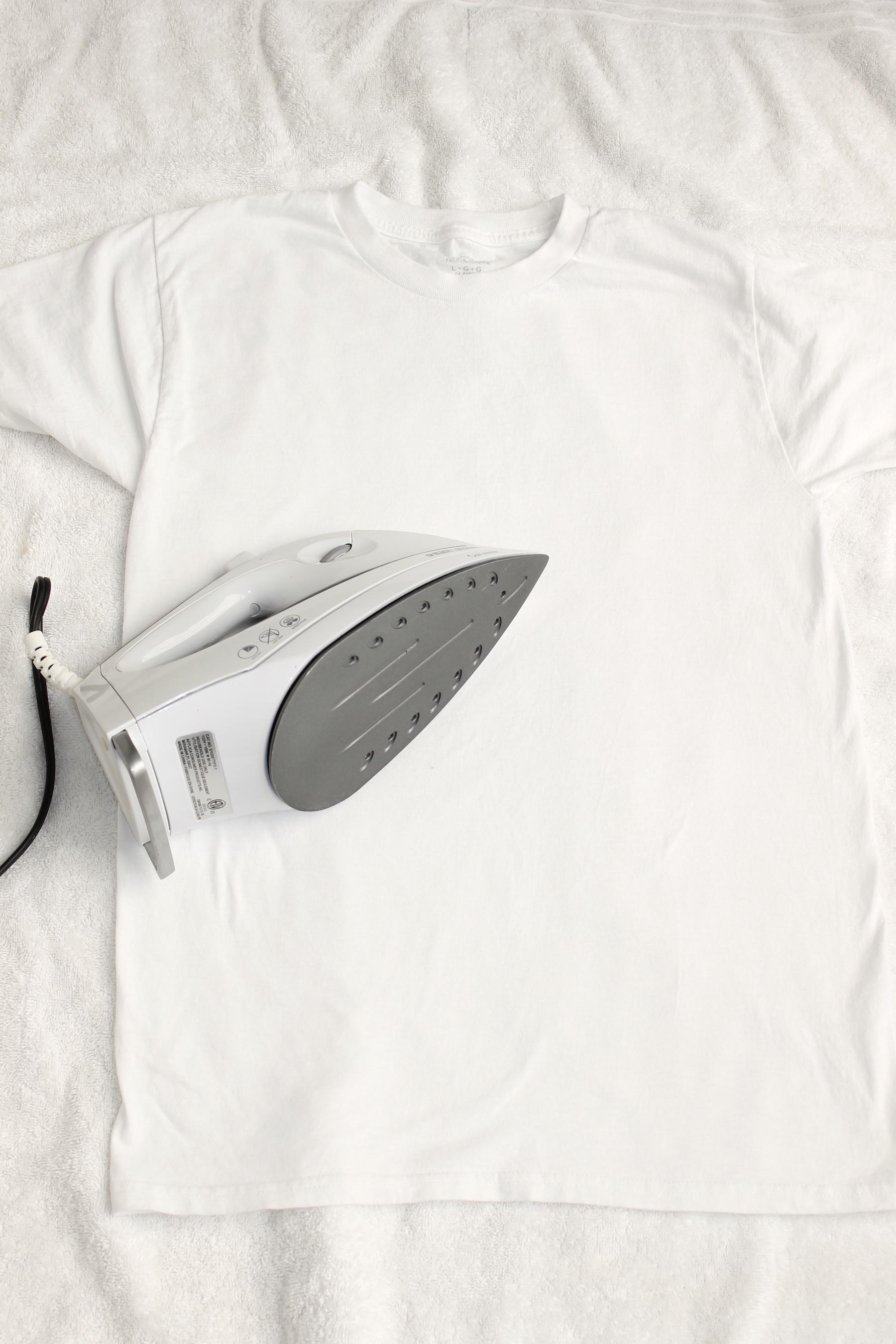 DIY 4th of july t shirt; handmadebykelly.com; onlinelabels.com