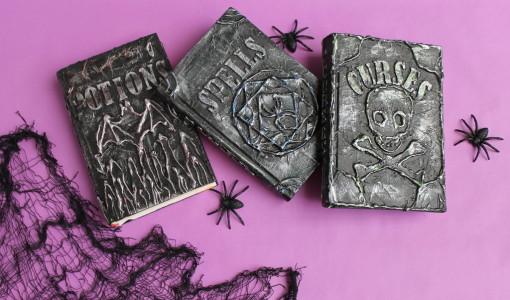 handmadebykelly.com; popsugar.com DIY-Halloween-Spell-Books