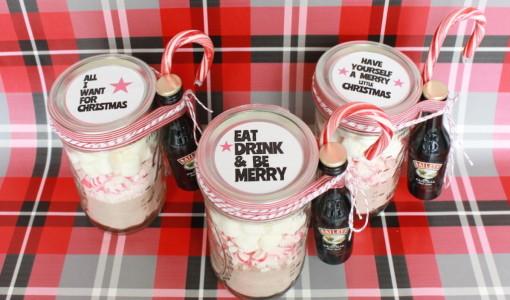 DIY Hot Cocoa Kit Holiday Gift; onlinelabels.com; handmadebykelly.com