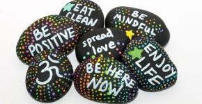 Random Act Of Kindness Rocks; handmadebykelly.com; mnn.com