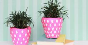 strawberry planters - handmadebykelly.com; momtastic.com